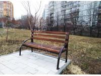 Скамьи «Удача» нашего производства, установленные на улицах Тюленина и Кочубея